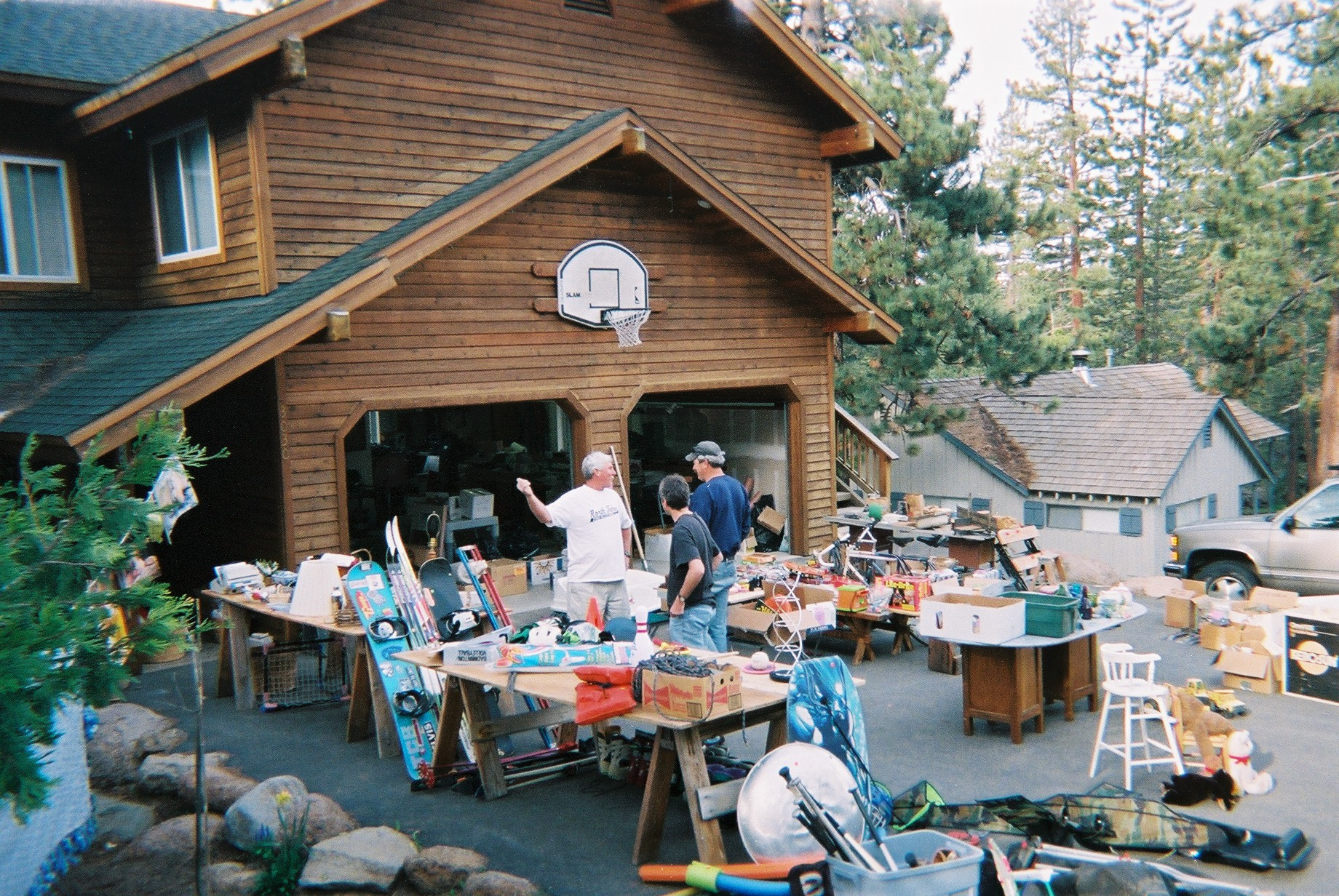 Yard_Sale_Northern_CA_2005.jpg